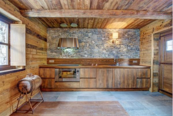 Кухня/столовая в  цветах:   Бирюзовый, Бордовый, Коричневый, Светло-серый, Темно-коричневый.  Кухня/столовая в  .