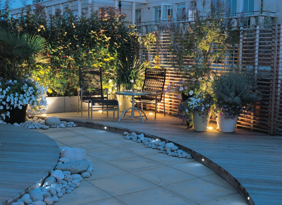 Как лучше осветить сад: 6 идей и 5 советов