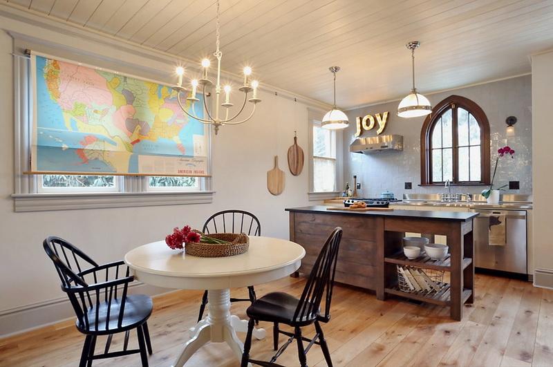Кухня/столовая в  цветах:   Бежевый, Светло-серый, Серый, Темно-зеленый.  Кухня/столовая в  стиле:   Кантри.