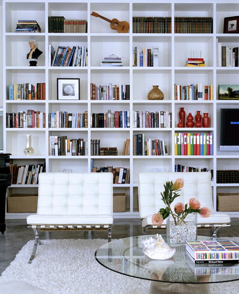 Гостиная в  цветах:   Белый, Голубой, Светло-серый, Серый.  Гостиная в  стиле:   Скандинавский.