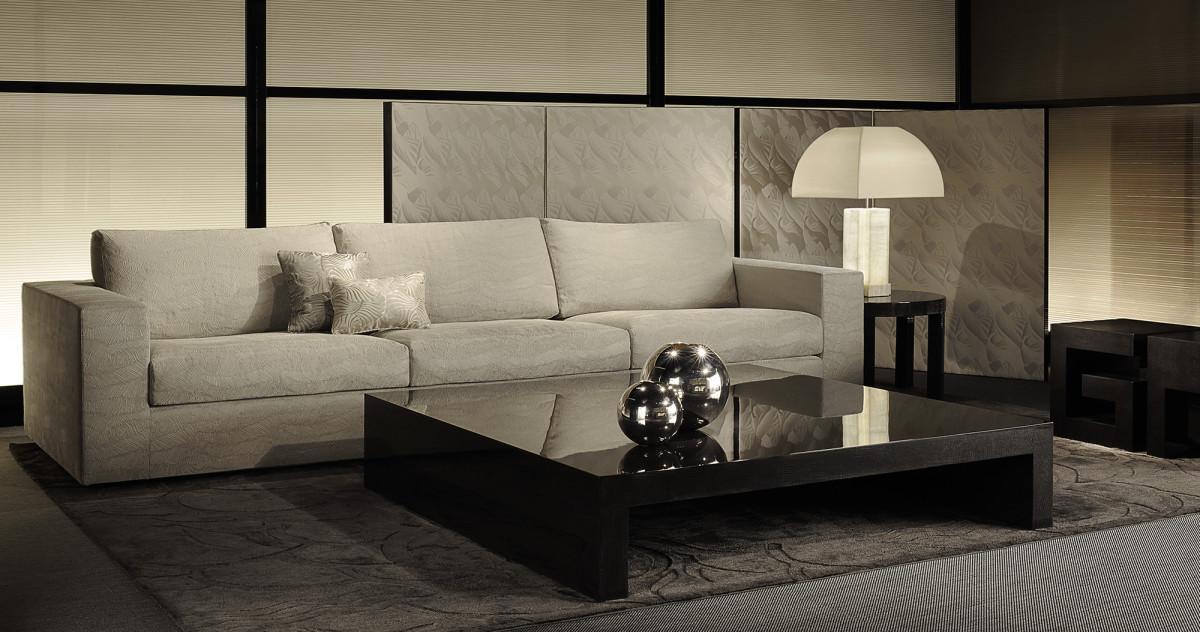 Новинки этой недели для гостиной: стол, ковёр и коллекция обоев