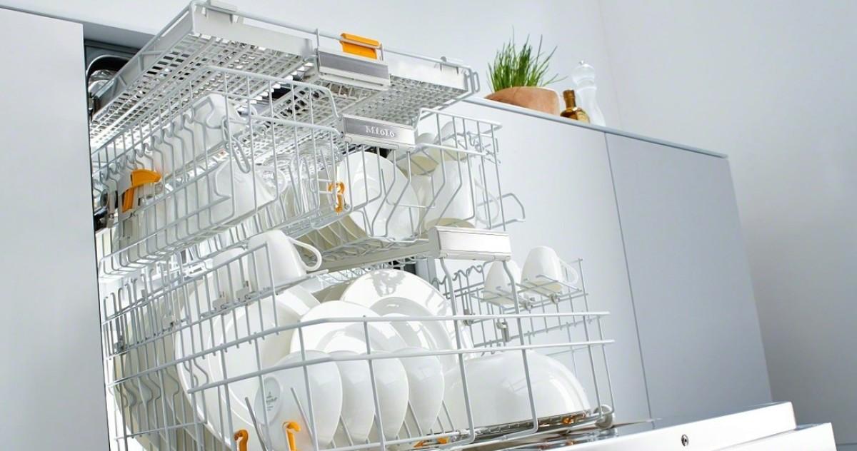 13 видов кухонной утвари, которую нельзя мыть в посудомоечной машине