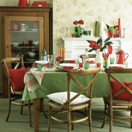 Кухня/столовая в  цветах:   Белый, Светло-серый, Серый, Темно-зеленый.  Кухня/столовая в  .