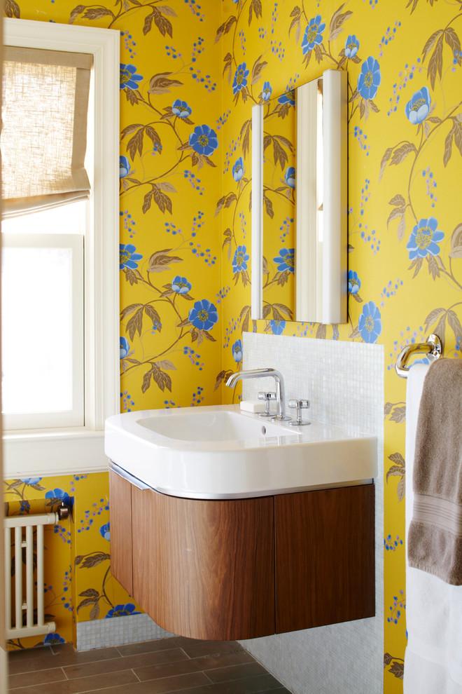 Ванная в  цветах:   Бежевый, Белый, Желтый, Салатовый.  Ванная в  стиле:   Кантри.