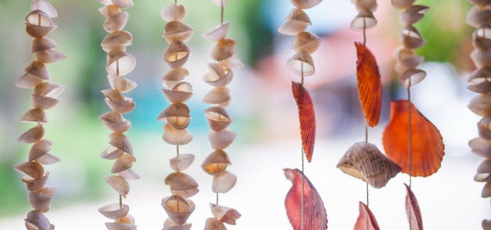 Лето, не уходи! Очаровательная подвеска из морских ракушек, найденных вами на морском берегу: мастер-класс