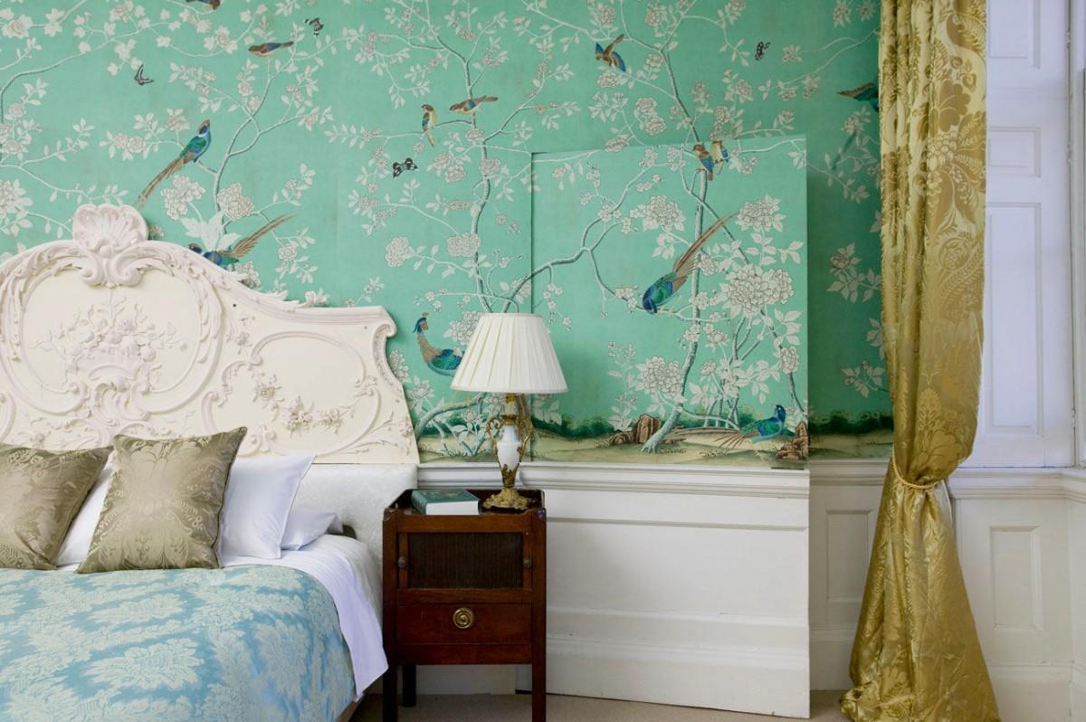 Спальня в цветах: голубой, бирюзовый, светло-серый, белый, салатовый. Спальня в .