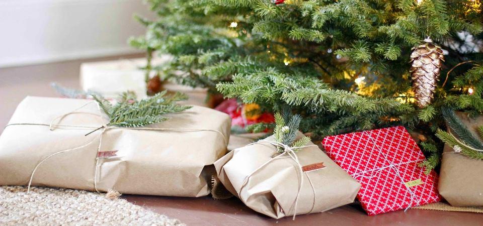 Как упаковать подарки: 25 вариантов, которые сделает даже ребёнок