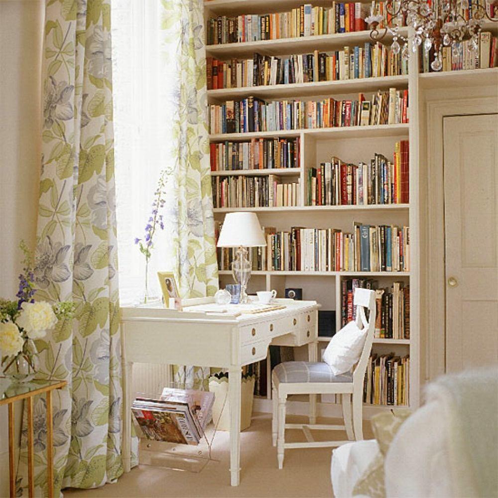 Спальня в цветах: светло-серый, белый, бежевый. Спальня в стилях: арт-деко, французские стили.