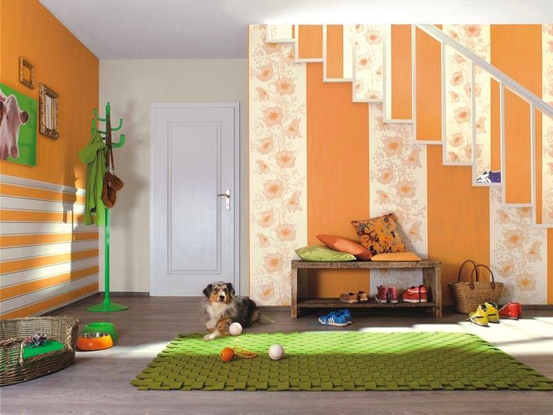 Гостиная, холл в цветах: желтый, светло-серый, белый, бежевый. Гостиная, холл в стилях: классика.