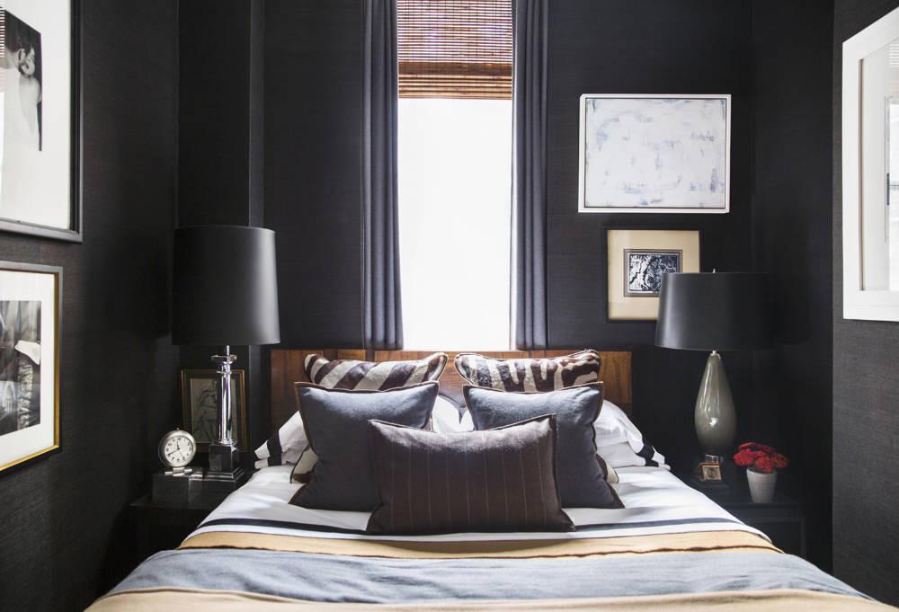 Спальня в цветах: черный, белый. Спальня в стилях: неоклассика.