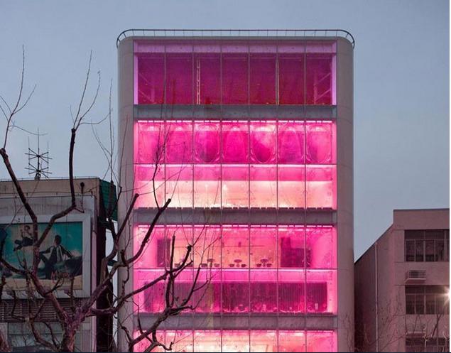 Архитектура в цветах: серый, розовый, коричневый. Архитектура в .