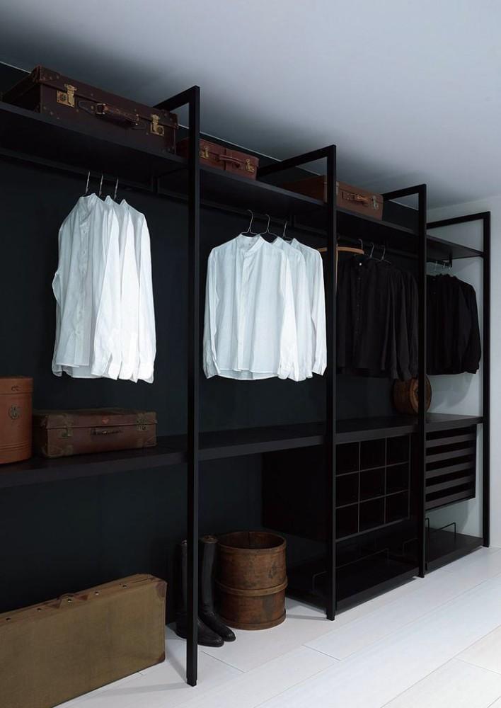 Мебель и предметы интерьера в цветах: серый, светло-серый, белый, темно-коричневый. Мебель и предметы интерьера в .