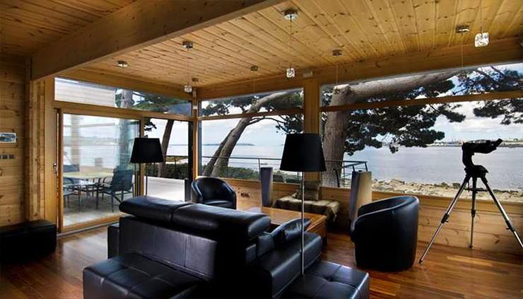 Балкон, веранда, патио в цветах: черный, серый, светло-серый, коричневый, бежевый. Балкон, веранда, патио в стиле модерн и ар-нуво.