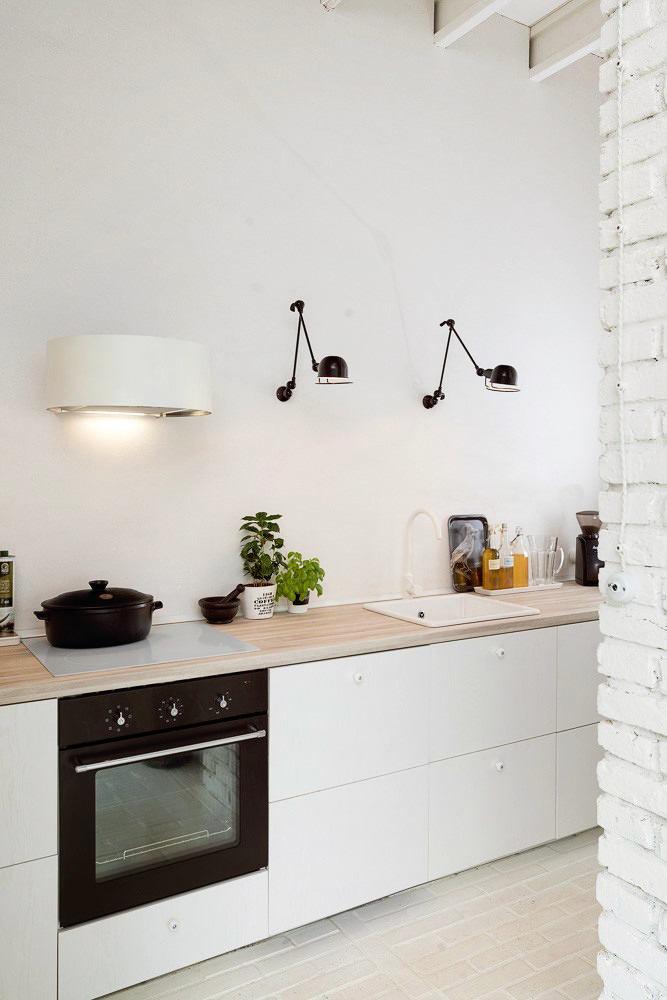 Кухня в цветах: черный, серый, белый, бежевый. Кухня в стиле скандинавский стиль.