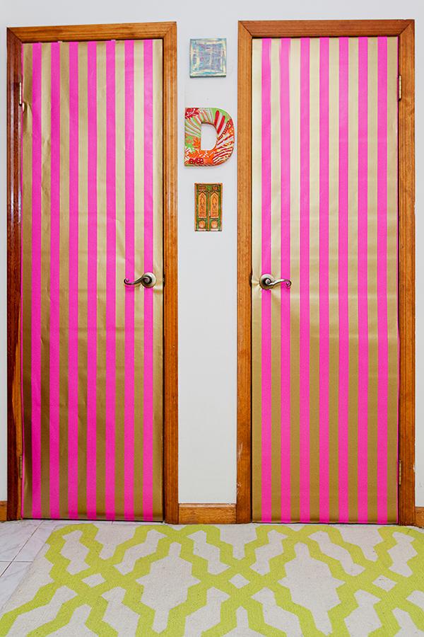 Мебель и предметы интерьера в цветах: белый, розовый. Мебель и предметы интерьера в .