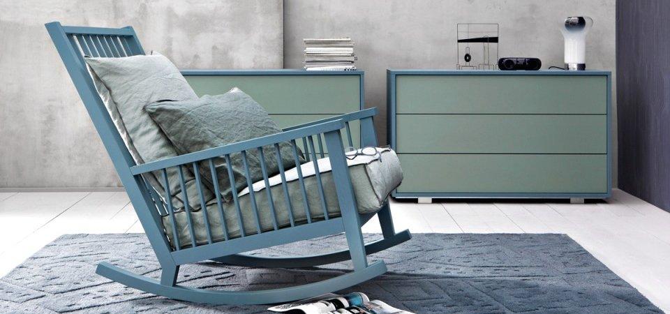 Кресло-качалка в интерьере: 35 самых красивых и необычных моделей и 5 советов по выбору