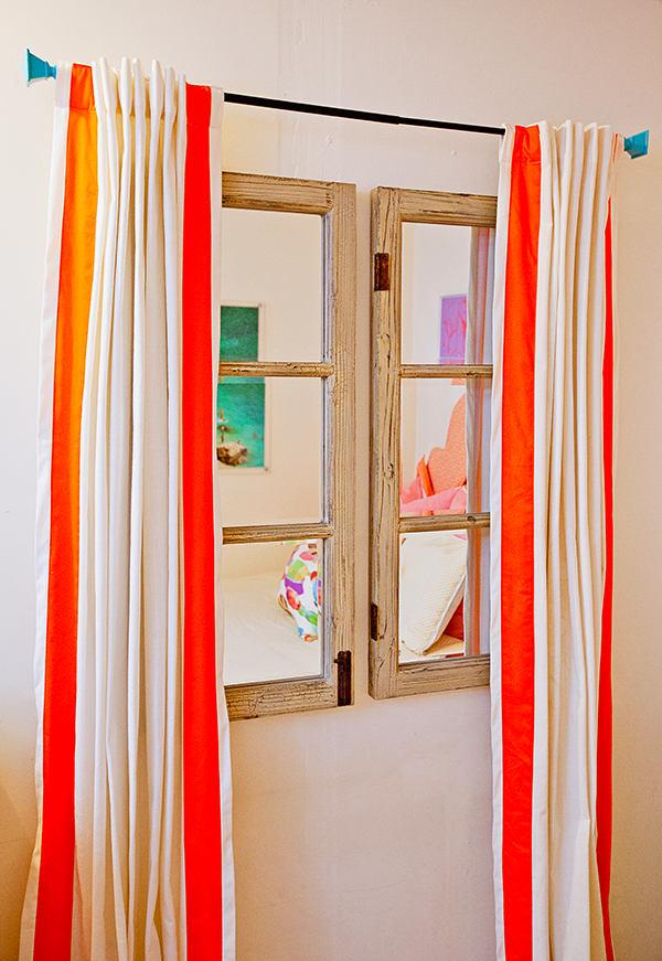 Мебель и предметы интерьера в цветах: оранжевый, желтый, белый. Мебель и предметы интерьера в .