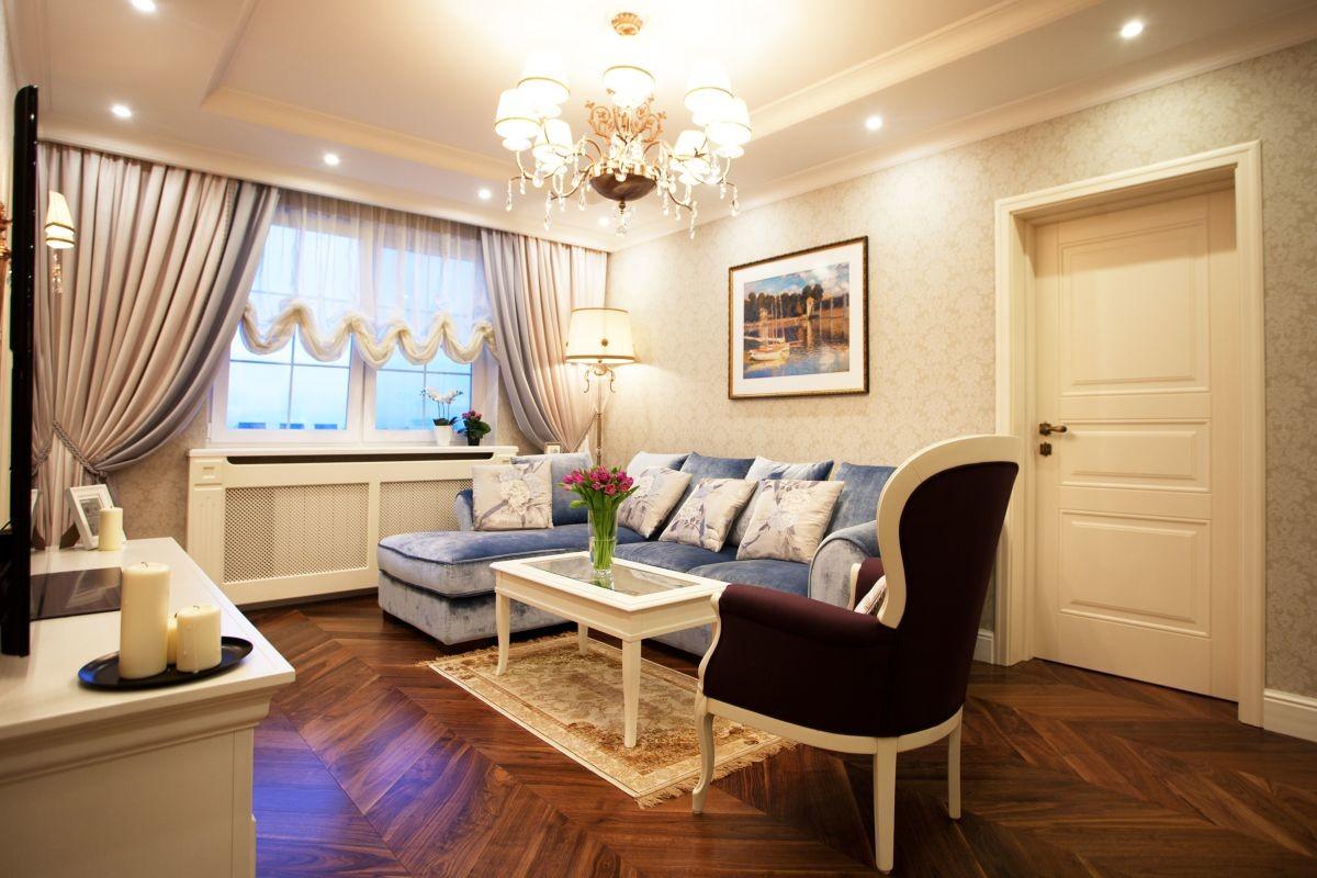 Гостиная, холл в цветах: желтый, светло-серый, белый, коричневый, бежевый. Гостиная, холл в стиле неоклассика.