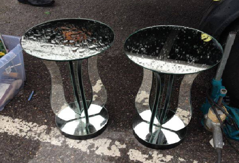 Мебель и предметы интерьера в цветах: черный, серый, светло-серый, белый. Мебель и предметы интерьера в стилях: английские стили.