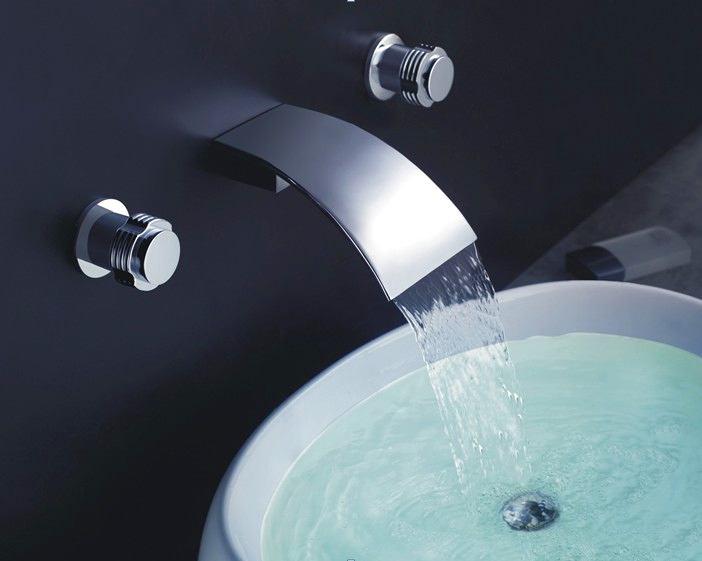 Туалет в цветах: черный, светло-серый, белый. Туалет в стиле хай-тек.