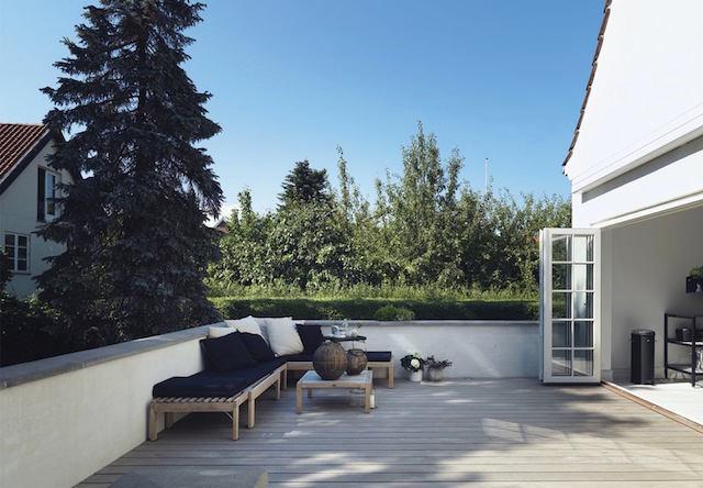 Балкон, веранда, патио в цветах: голубой, черный, серый, светло-серый. Балкон, веранда, патио в стилях: минимализм, скандинавский стиль.
