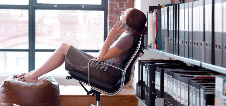Правильно выбираем рабочее кресло: сохраняем здоровье