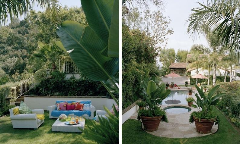 Балкон, веранда, патио в цветах: голубой, белый, темно-зеленый, бежевый. Балкон, веранда, патио в стиле средиземноморский стиль.