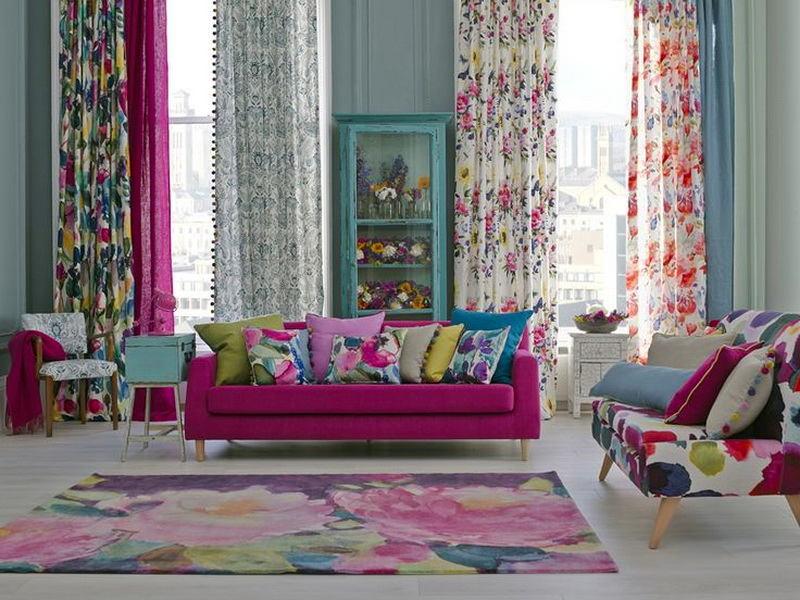 Гостиная, холл в цветах: голубой, серый, светло-серый, белый, бордовый. Гостиная, холл в .