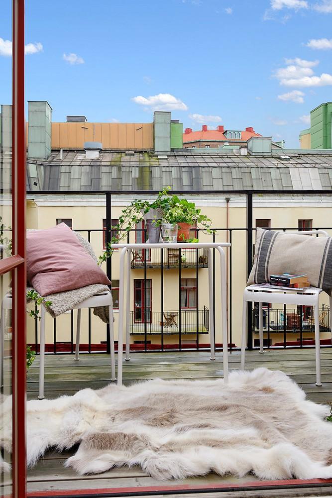 Балкон, веранда, патио в цветах: серый, светло-серый, коричневый, бежевый. Балкон, веранда, патио в стиле скандинавский стиль.