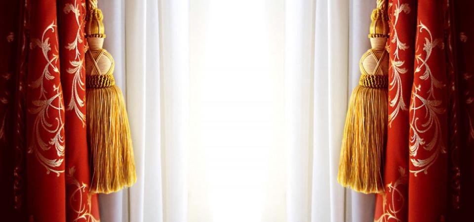 Зашторены: правила подбора штор к обоям, и наоборот