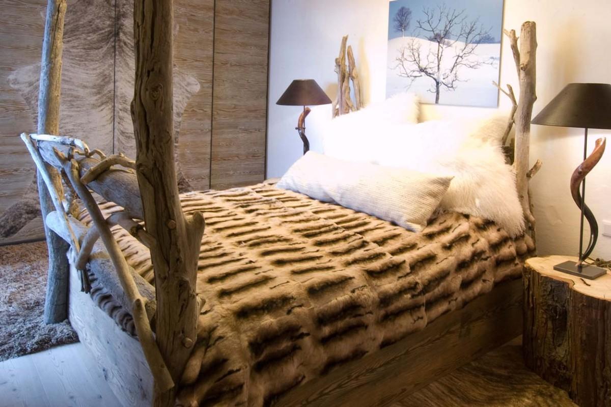 Спальня в  цветах:   Бежевый, Коричневый, Светло-серый, Серый, Темно-коричневый.  Спальня в  стиле:   Кантри.