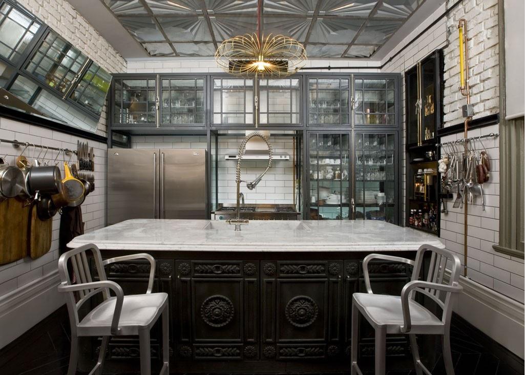 Кухня/столовая в  цветах:   Бежевый, Светло-серый, Серый, Темно-коричневый, Черный.  Кухня/столовая в  стиле:   Лофт.