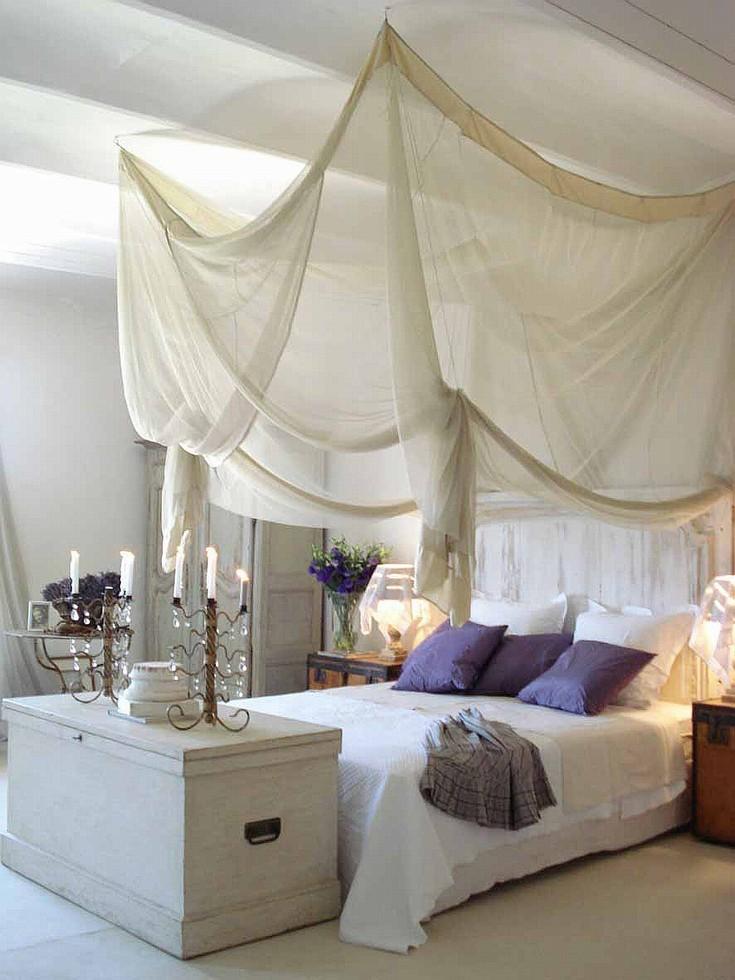 Спальня в  цветах:   Бежевый, Светло-серый, Серый.  Спальня в  стиле:   Шебби-шик.