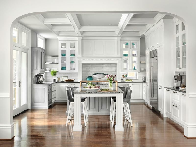 Кухня/столовая в  цветах:   Бежевый, Белый, Светло-серый, Серый.  Кухня/столовая в  стиле:   Американский стиль.