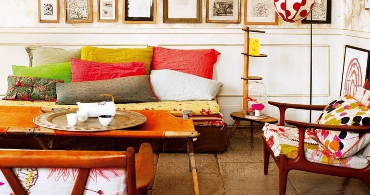 Яркая французская квартира семьи художников