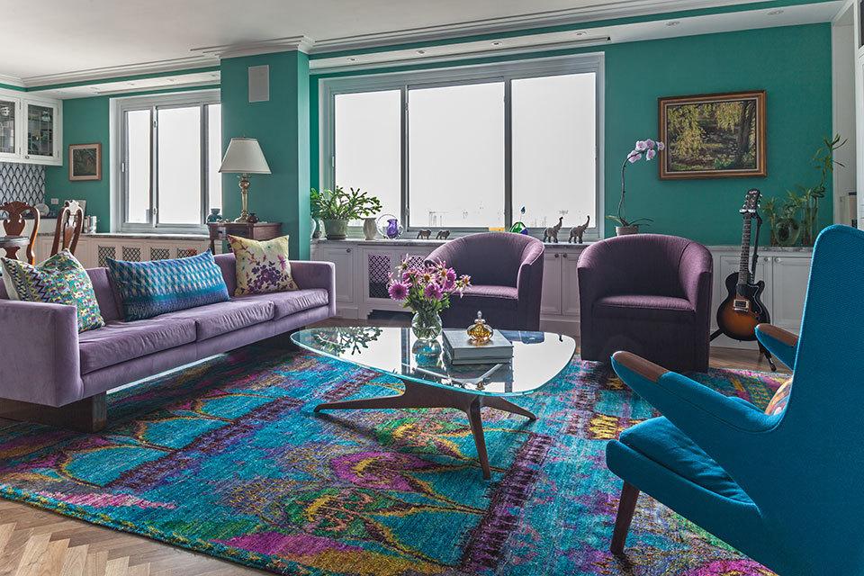Гостиная в  цветах:   Бирюзовый, Светло-серый, Серый, Синий, Черный.  Гостиная в  стиле:   Минимализм.