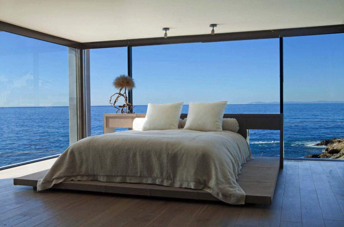 Спальня в  цветах:   Бирюзовый, Светло-серый, Серый, Темно-коричневый, Черный.  Спальня в  стиле:   Минимализм.