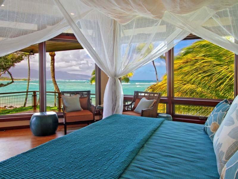 Спальня в  цветах:   Бежевый, Бирюзовый, Светло-серый, Синий, Темно-коричневый.  Спальня в  стиле:   Минимализм.