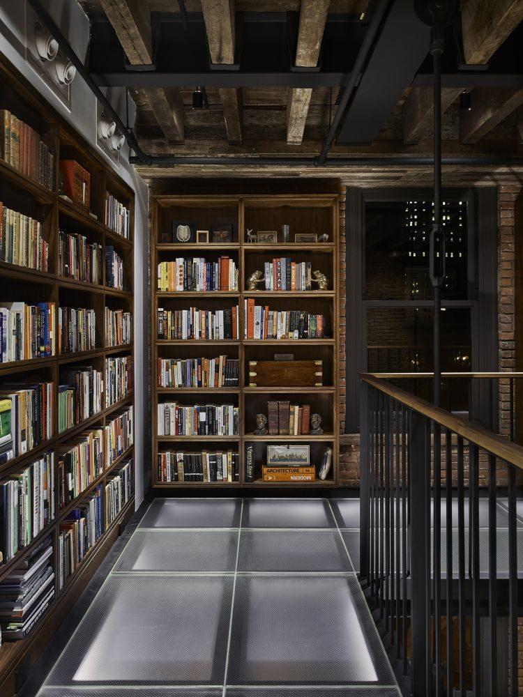 Библиотека в  цветах:   Коричневый, Серый, Темно-коричневый, Черный.  Библиотека в  стиле:   Лофт.