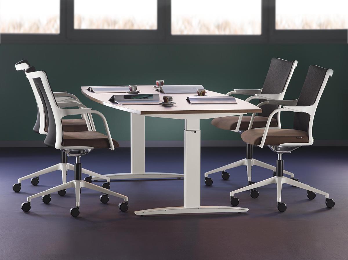 Офис в  цветах:   Белый, Светло-серый, Серый, Синий, Черный.  Офис в  стиле:   Минимализм.