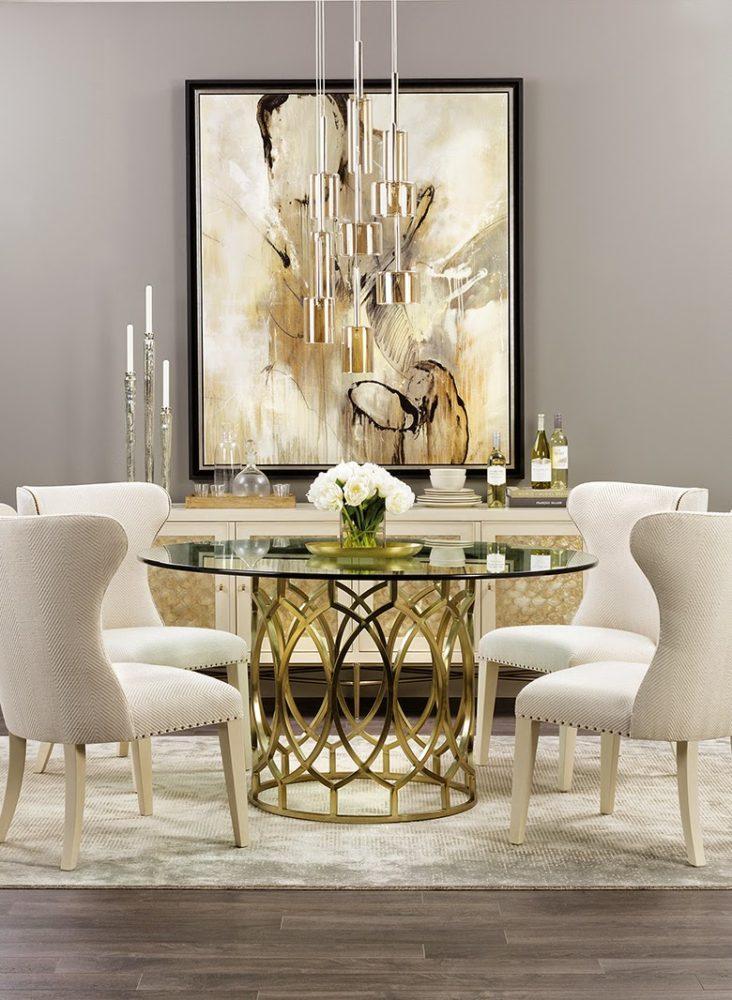 Кухня/столовая в  цветах:   Бежевый, Светло-серый, Серый.  Кухня/столовая в  стиле:   Неоклассика.