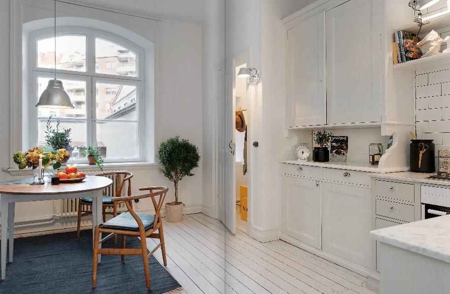 Кухня/столовая в  цветах:   Бежевый, Светло-серый, Серый, Синий.  Кухня/столовая в  стиле:   Скандинавский.