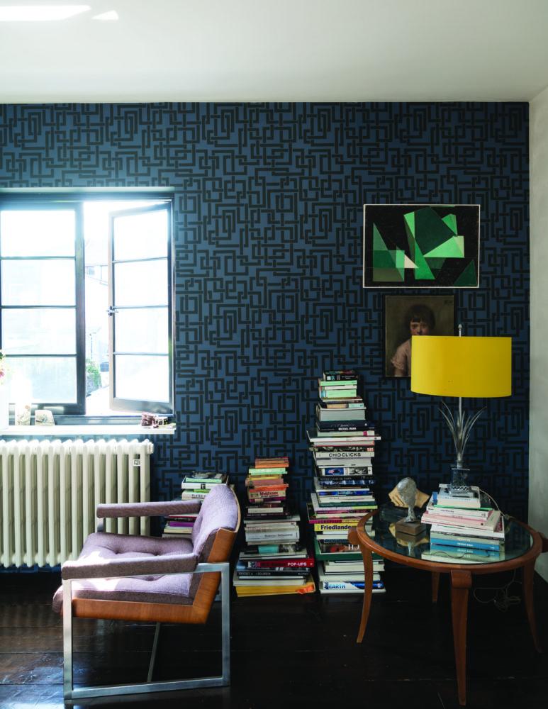 Гостиная в  цветах:   Бежевый, Белый, Светло-серый, Синий, Черный.  Гостиная в  стиле:   Минимализм.