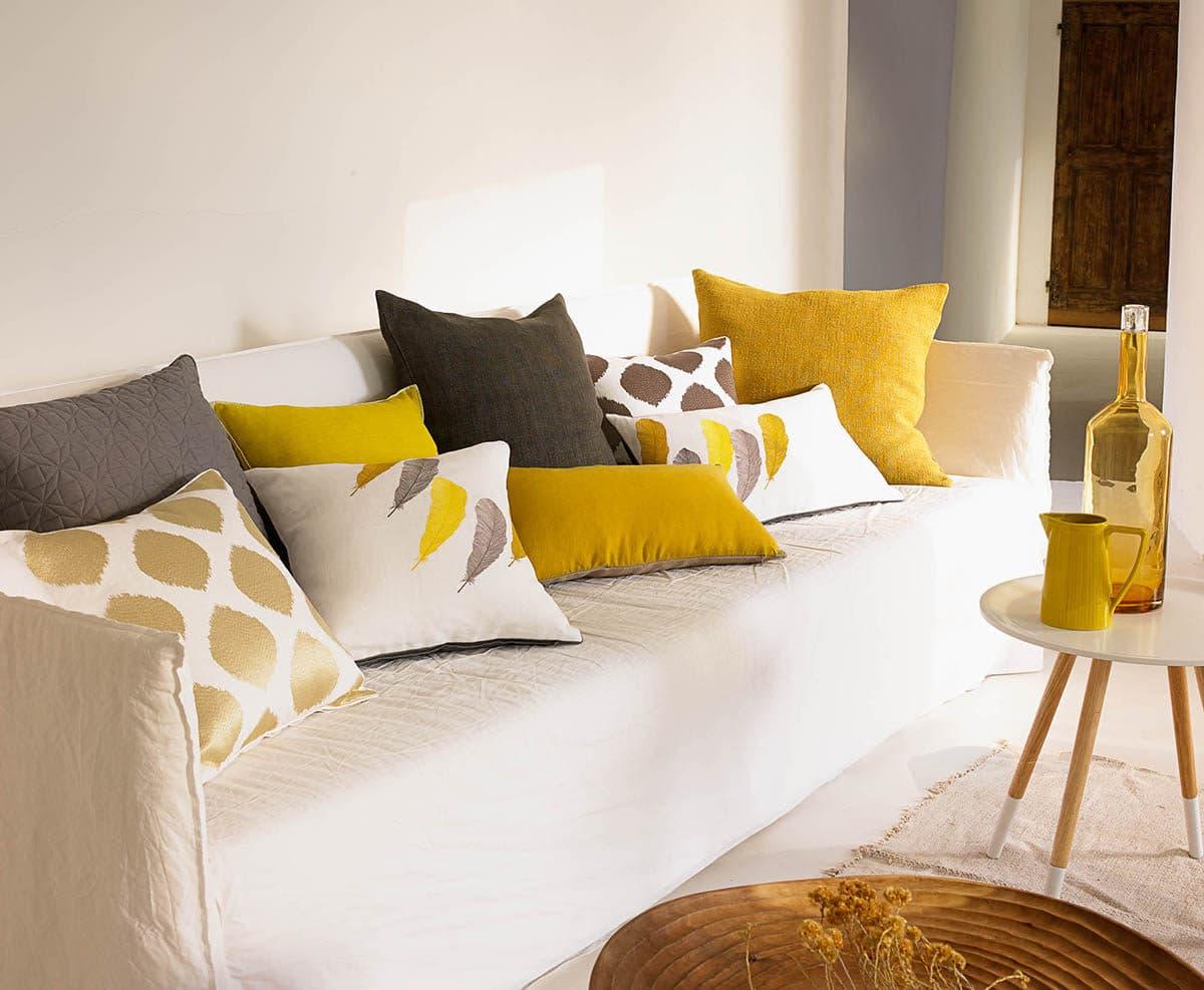 10 самых красивых подушек осени от Yves Delorme