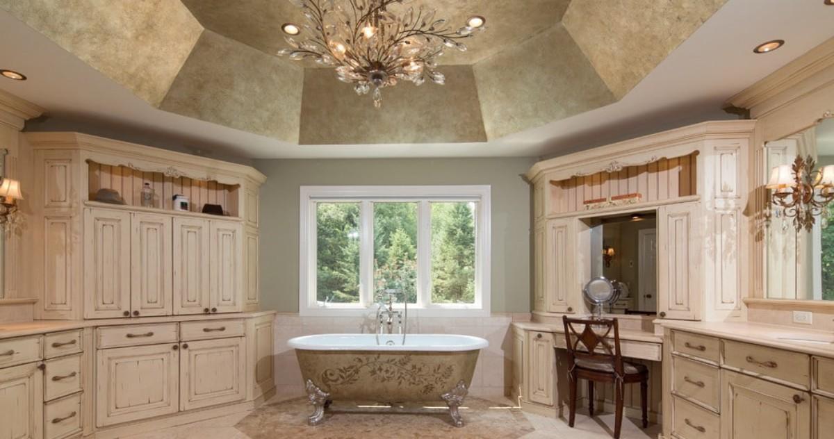 Как декорировать потолок в ванной: 8 отличных советов