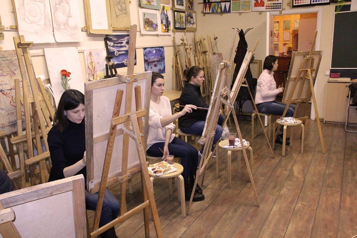Пробные уроки по рисованию: СШД приглашает на бесплатное обучение