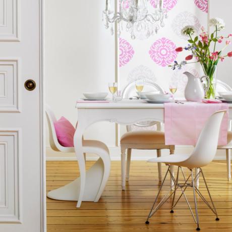 Кухня/столовая в  цветах:   Белый, Светло-серый, Бежевый.  Кухня/столовая в  стиле:   Скандинавский.