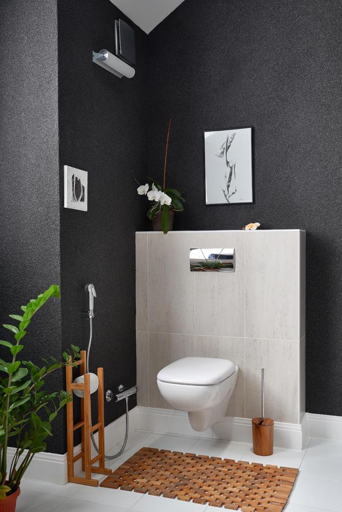 Туалет в  цветах:   Зеленый, Коричневый, Светло-серый, Серый, Темно-коричневый.  Туалет в  стиле:   Неоклассика.