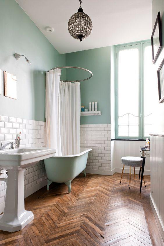 Ванная в  цветах:   Коричневый, Светло-серый, Темно-коричневый.  Ванная в  стиле:   Кантри.
