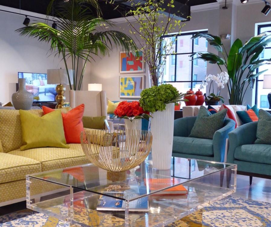 Как Женя Жданова побывала на американской мебельной выставке